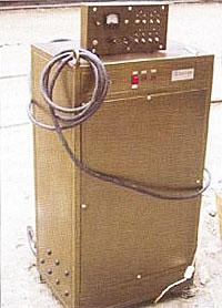Рис. 1 Источник импульсного электропитания с пультом управления